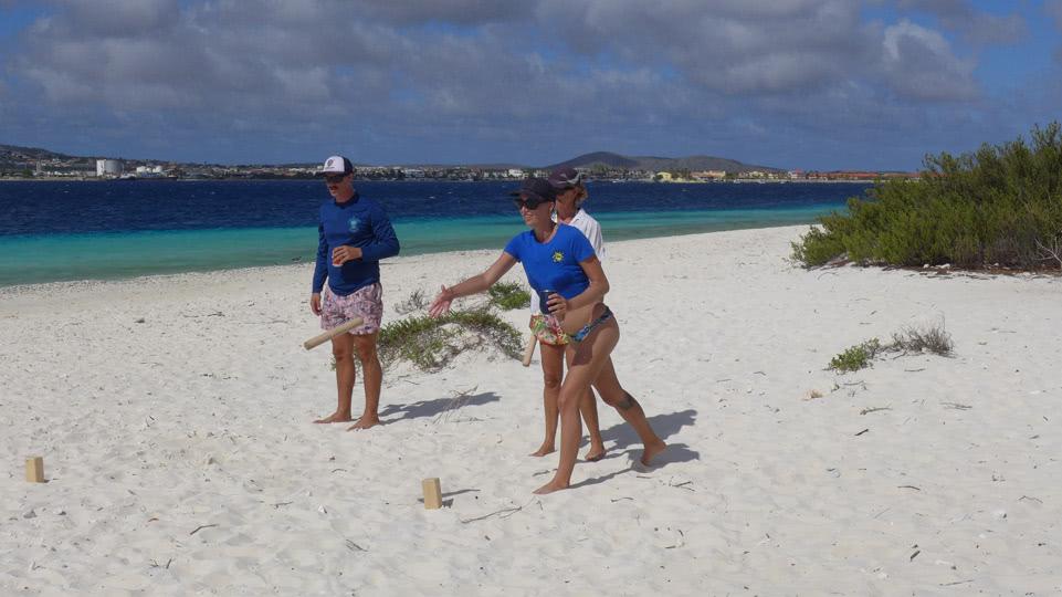 Bonaire-BBQ-Klein-Kubb-Team1