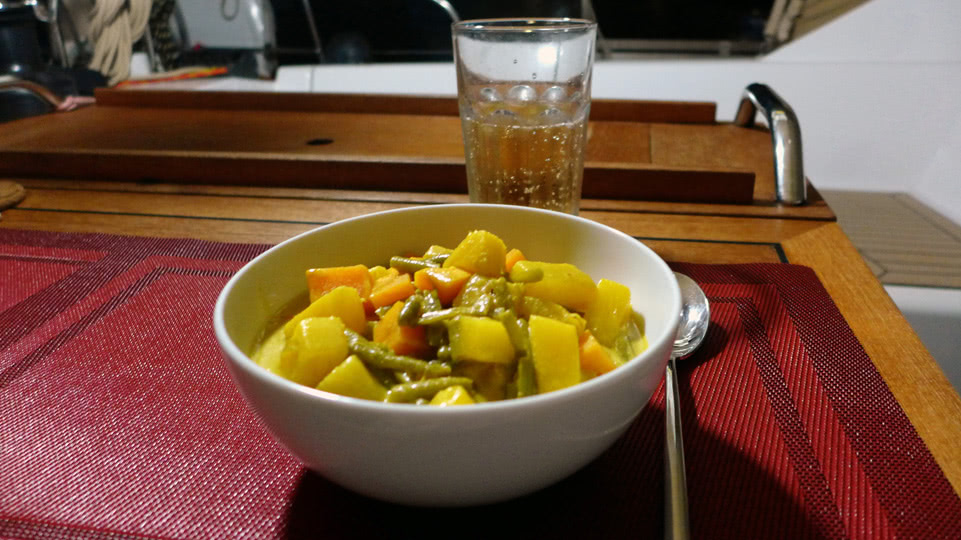 bonaire-dienstag-schatzi-curry