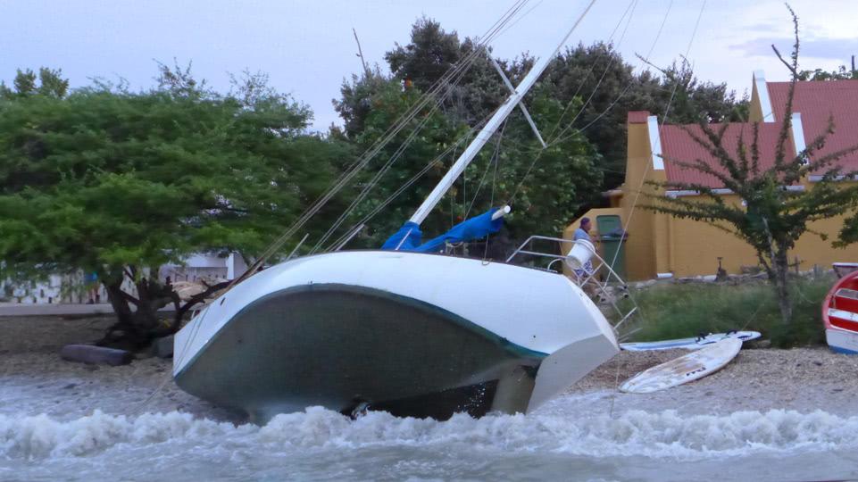 bonaire-hurrikan-saison-val-gestrandet