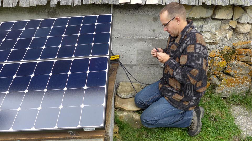 rossweidalp-solarzellen-kabelanschluesse